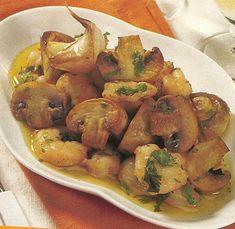 Salteado de cogumelos e camarão - http://www.receitassimples.pt/salteado-de-cogumelos-e-camarao/