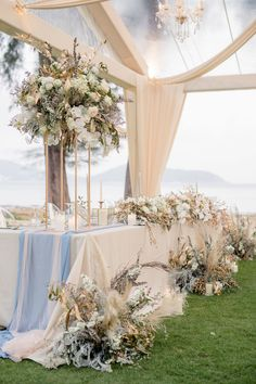 Pampas Grass, Gilded Details and a Geode Cake! This Thailand Wedding Is a Must-See! Wedding Ceremony Flowers, Rustic Wedding Flowers, Floral Wedding, Botanical Wedding, Bridal Table, Wedding Table, Wedding Reception, Wedding Ideas, Wedding Decor