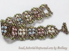 Bead Tutorial - bracelet with bugle beads, pearls & seed beads. Really like the bugle toggle bar