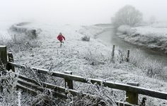 Britain could shiver in near-freezing temperatures by the end of this week as a cold spell signals an end to the unseasonably warm start to 2013.    A mild start to the year saw highs of 13C in some parts of Britain, but the warmer weather will finish on Thursday when the mercury could drop by as much as 10C.    As well as frostier temperatures, there will also be a fresh onslaught of rain, with up to 10mm of rain expected for England and Wales on Thursday.    By Friday, forecasters…