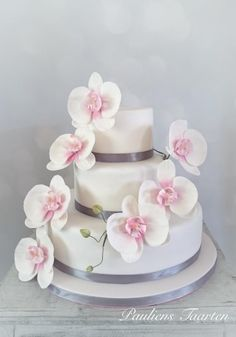 Weddingcake+with+pink+orchids+-+Cake+by+Pauliens+Taarten