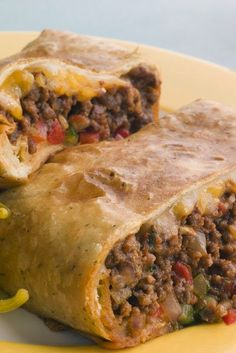 Ww Skinny Chimichangas | This is an excellent low fat chimchangas recipe. It is baked, instead of deep-fried. The burrito comes out crispy with a moist and flavorful filling