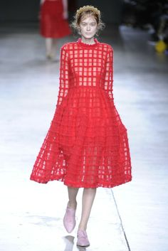 SIMONE ROCHA LONDON FALL 2014 READY TO WEAR