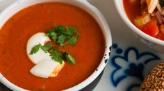 You can serve this as a chunky soup or a smoother one by blitzing in a blender according to your preference. Red Lentil Soup, Lentils, Thai Red Curry, Canning, Lunch Ideas, Eat, Ethnic Recipes, Soups, Drink