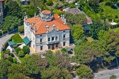 Villa Gabriella B Apartments  - Lido di #Venezia! Experience this nice Liberty Villa in the wonderful Lido island, seafront: come to visit us in #Italy! www.villagabriella.net.
