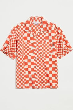 """Allover checker pattern cotton & linen blend shirt by Urban Outfitters with a lightweight feel and boxy fit. Features a button placket to the front and topped with two pockets at the chest. Short sleeve style finished with a notched camp collar.Content + Care. 62% Cotton, 27% linen, 11% viscose Machine wash Imported Size + Fit. Model is 6'1"""" and wearing size Medium Measurements taken from size Medium Chest: 23"""" Length: 29"""" New York Outfits, Mens Fashion, Fashion Trends, Fashion Inspiration, Contemporary Fashion, Dress Codes, Cotton Linen, Sleeve Styles, Urban Outfitters"""