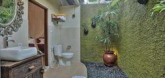 Indonesian Bathroom Accent