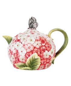 Edie Rose by Rachel Bilson Serveware, Hydrangea Teapot - Casual Dinnerware - Dining & Entertaining - Macy's Cute Teapot, Teapots Unique, Vintage Teapots, Keramik Vase, Teapots And Cups, Tea Art, My Cup Of Tea, Chocolate Pots, Serveware