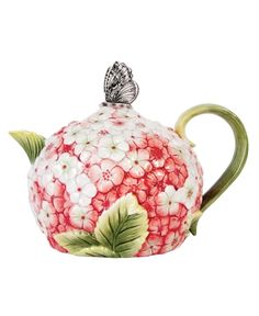 Vintage Tea pot.... Can I have this please