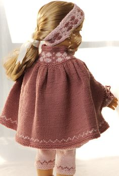 Knit a great tunic in purple and pink to your doll Knitting Dolls Clothes, Doll Clothes Patterns, Doll Patterns, Clothing Patterns, Knitting Patterns, Baby Born Clothes, Girl Doll Clothes, Girl Dolls, Crochet Doll Dress