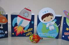 4 Space Rocket party pdf printable outer space treat popcorn