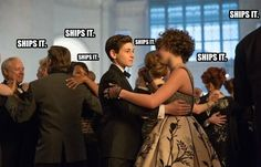 """The number of people who shipped Bruce and Selina at the charity ball.   Community Post: 20 Memes From Gotham 1x20: """"Under The Knife"""""""