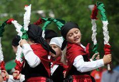 Basque Country, Christmas Cards, Christmas E Cards, Xmas Cards, Christmas Letters, Merry Christmas Card, Christmas Card Sayings