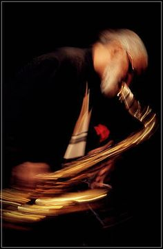Photo of Jazz Saxophonist Sonny Rollins by Juan Carlos Hernandez Jazz Colors, Sonny Rollins, Visual Texture, All That Jazz, Miles Davis, Like You, Saxophone, Photos, Concert
