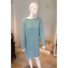 Pia by Filato. En Tunika/kjole der er så let og luftig. Billigt strikkekit.