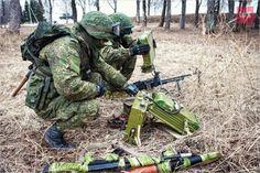Russian soldiers use Radar to adjust machine-gun fire 4_zpsrvaapgeb.jpg photo by Inco_Acun