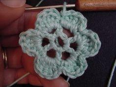 fleure au crochet                                                                                                                                                                                 Plus