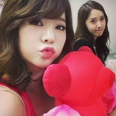 Girls' Generation's Sunny and YoonA pose for a picture   http://www.allkpop.com/article/2014/01/girls-generations-sunny-and-yoona-pose-for-a-picture girlsgeneration
