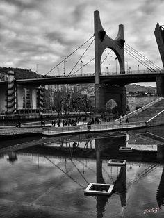 "JOSEBA BATIZ (Bermeo Bizkaia). Photo ""Guggenheim Bilbao Basque Country""."