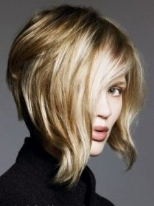 love the wave in the front of this bob