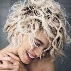 Benefits of Short Curly Hair 2018 Click for other hair styles https://www.shortcurlyhaircuts.net/benefits-short-curly-hair-2018/