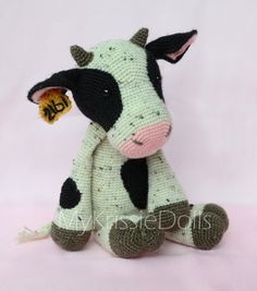 8 Best Cows Images On Pinterest Yarns Crochet Dolls And Cow