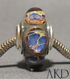 Amy Kinsch Lampwork - lampwork beads.
