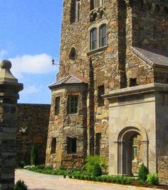 Dromborg Castle, Fayetteville, Arkansas