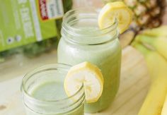 Refresh with a Tropical Green Smoothie | Earthbound Farm Organic