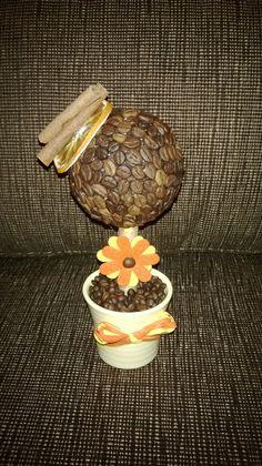 Dekoračný stromček z kávy