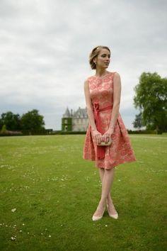 Šaty a náušnice: Pietro Filipi, Boty: New Look, Kabelka: Miss Selfridge se objevuje mezi outfity na webu Módní Peklo. Podívejte se, jak kombinovat oblečení a jak nosit trendy. Tady žije móda!