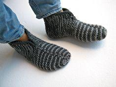 Knitted Socks Knitted Slippers Mens Socks Warm by UnaCreations Gestrickte Booties, Knitted Booties, Knitted Slippers, Wool Socks, Mens Slippers, Slipper Socks, Knitting Socks, Striped Slippers, Crochet Men