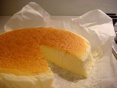 Japanese Cheesecake: Try it in a loaf pan. Looks like Pound cake, tastes like cheesecake. Gluten Free Cheesecake, Gluten Free Desserts, Just Desserts, Delicious Desserts, Dessert Recipes, Yummy Food, Food Cakes, Cupcake Cakes, Cupcakes