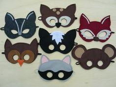 Woodland Masks  Pack. $56.00, via Etsy. This totally makes me want to do the woodland theme for B's next bday! Woodland Party, Woodland Theme, Woodland Creatures, Woodland Animals, Mask For Kids, Masks Kids, Felt Crafts, Felt Diy, Animal Masks