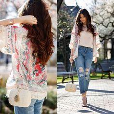 mittellange Kimono-Jacke mit Jans kombiniert