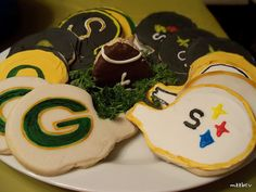 2011 Superbowl Cookies I made.  Hmmm, I wonder which ones I'm going to make this year??