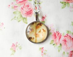 Pretty Flower Necklace, Floral Necklace, Pretty Necklace, Flower Cabochon, Glass Cabochon Necklace, Pendant Necklace, Flower Pendant