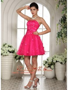 2013 Hot Pink Strapless Mini-length Puffy Prom Party Dress with Appliques Junior Prom Dresses, Prom Dresses For Sale, Designer Prom Dresses, Prom Dresses Online, Prom Party Dresses, Homecoming Dresses, Dama Dresses, Dresses 2013, Prom Gowns