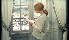 Catherine Deneuve, les parapluies de Cherbourg.