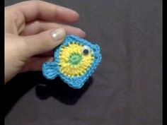 Crochet Fish Applique (english tutorial), My Crafts and DIY Projects Crochet Fish Patterns, Crochet Whale, Crochet Octopus, Applique Patterns, Crochet Animals, Crochet Motif, Easy Crochet, Crochet Flowers, Crochet Baby