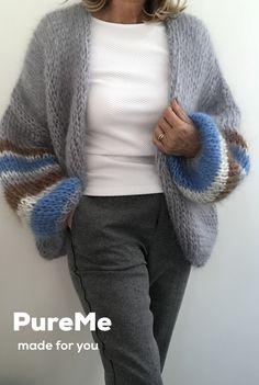 Plus Size Patterns, Urban Chic, Sweater Coats, Moth, Balenciaga, Knitwear, Knitting Patterns, Knit Crochet, Creations