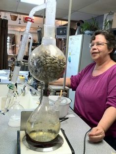 I had no idea i could do essential oil distillation at home. Seriously, this would make me a very happy person! The Essential Herbal Blog: White Sage Distillation