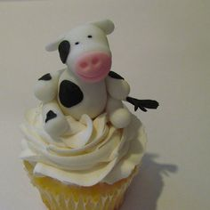 Edible Fondant COW Cake and Cupcake Toppers by Cupcake Stylist