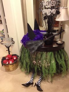 My table decorated for our Wizard of Oz Halloween party!