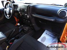 JEEP WRANGLER 2.8 CRD MOUNTAIN 200CV Tetto apribile + Hardtop rimovibile + Pedane + Cruise control + Climatizzatore + Radio cd + Cerchi in lega 17 + Comandi al volante + Vetri oscurati + Bracciolo + Ridotte + Start-stop + Fendinebbia + Unico proprietario + del 2013 Jeep Wrangler, Cruise Control, Car Seats, Jeep Wranglers