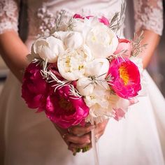 White and bright pink bouquet Pink Bouquet, Bright Pink, Wedding Bouquets, Destination Wedding, Floral Design, Table Decorations, Bridal, Beauty, Home Decor