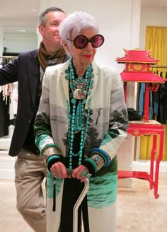 Iris Apfel - always bejeweled and looking fabulous;)))