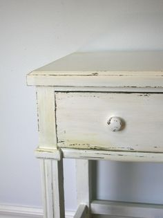 distress painting furniture