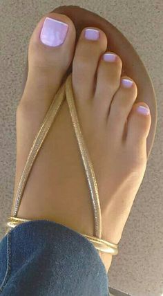 Nice Toes, Pretty Toes, Sexy Sandals, Bare Foot Sandals, Foot Pedicure, Cute Toe Nails, Toe Designs, Foot Pics, Beautiful Toes