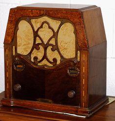 1934 Restored Radio - Beautiful